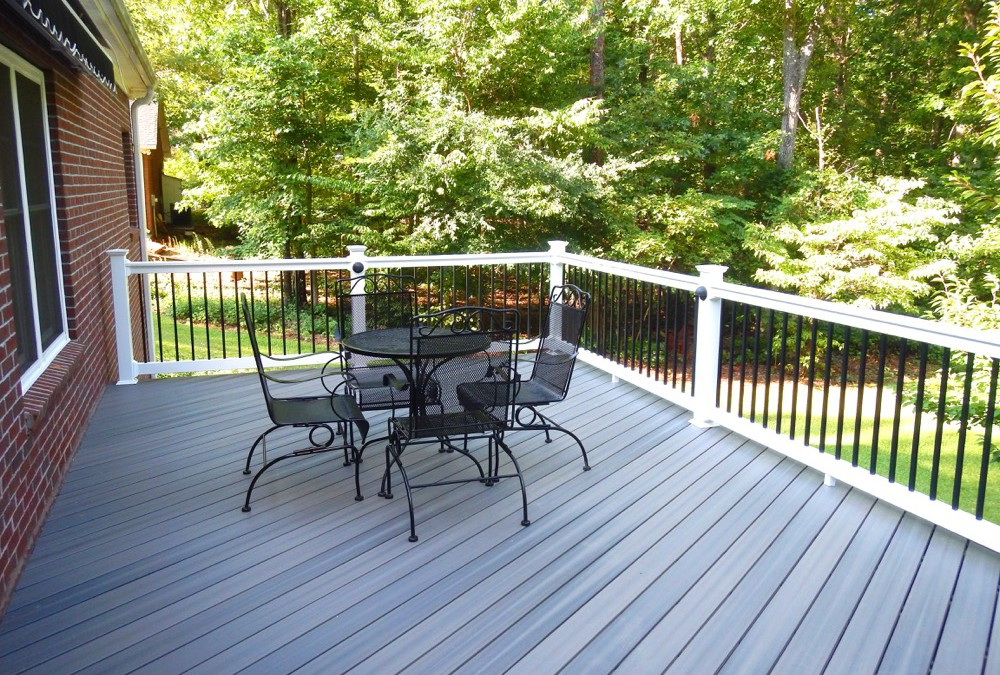 Choose Vinyl Deck Boards for Your New Deck