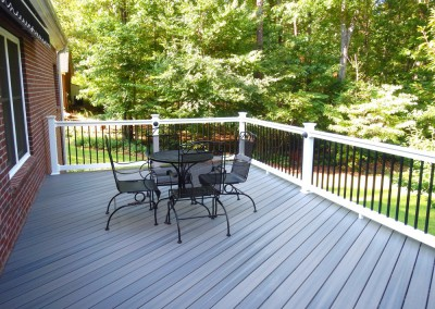 Choose Vinyl Decking for Your Project