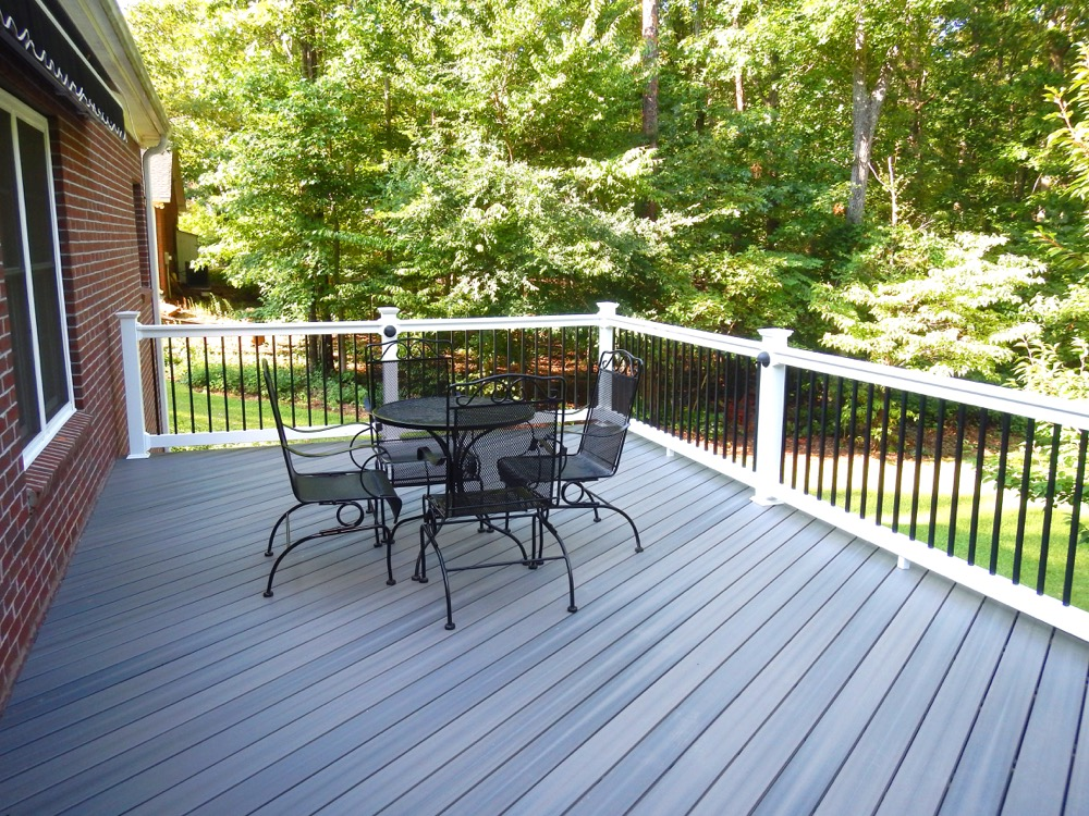 Quality vinyl decking material for Marietta, Roswell and metro Atlanta.
